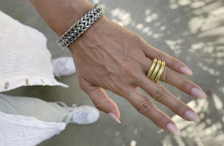 טבעת ענקית מלופפת אלומניום ציפוי זהב