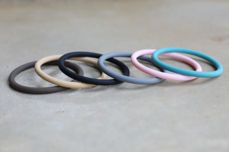 צמיד סיליקון בצבעים מאיה אהרוני
