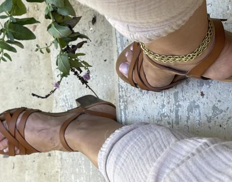 צמיד רגל זהב , צמיד שכבות מדורג עדין , צמיד רגל בראס , מאיה אהרוני תכשיטים