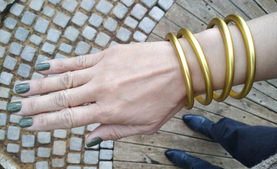 ארבעה צמידים זהב מט מאיה אהרוני