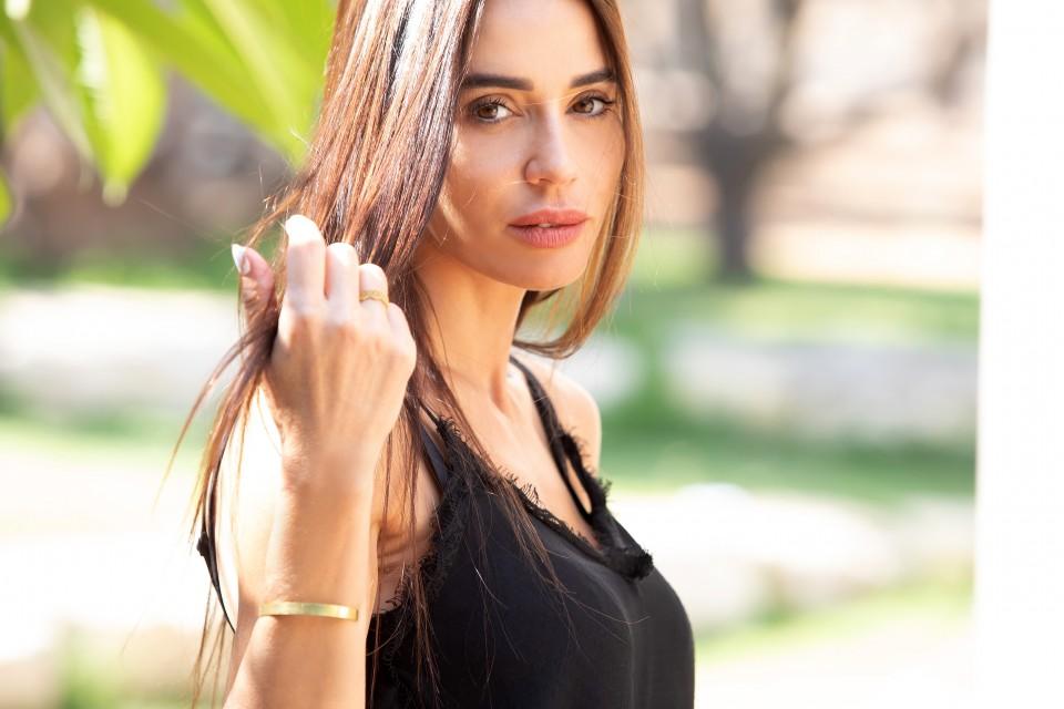 טבעת עדינה לאישה -  מאיה אהרוני